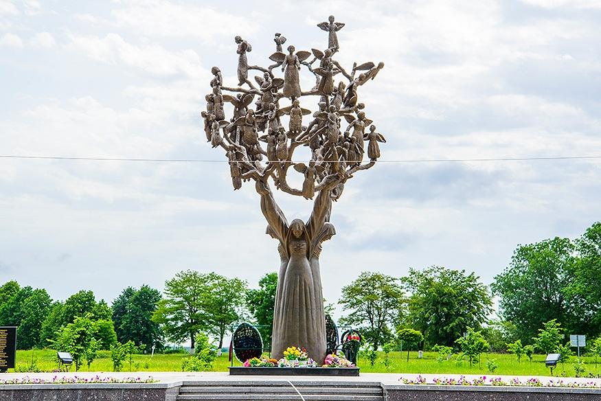 парк ангелов беслан фото также счету советской