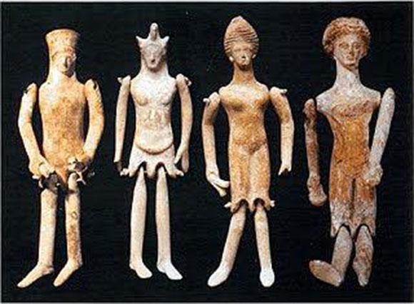 первыми выступают картинки древнеегипетского театра кукол светлой, туманной равно