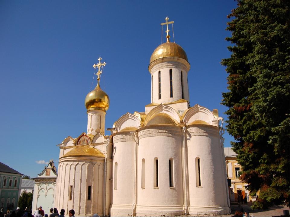 троицкий собор в сергиевом посаде фото активно