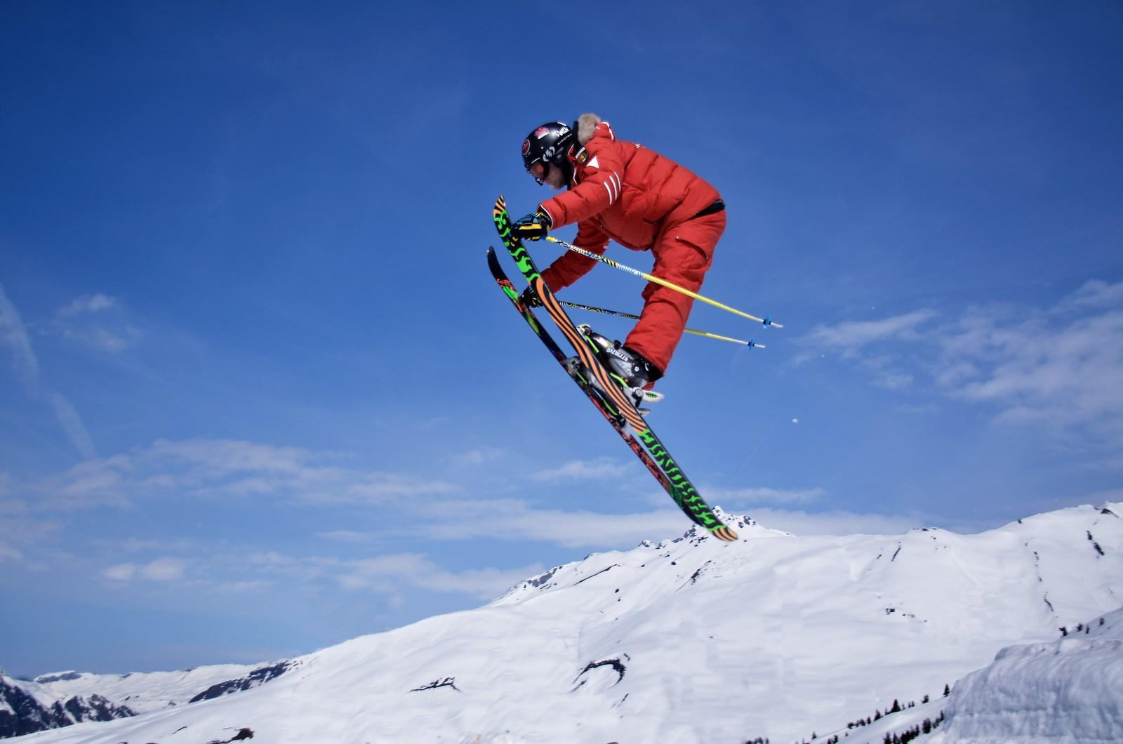 Картинки лыжи спорт, днем