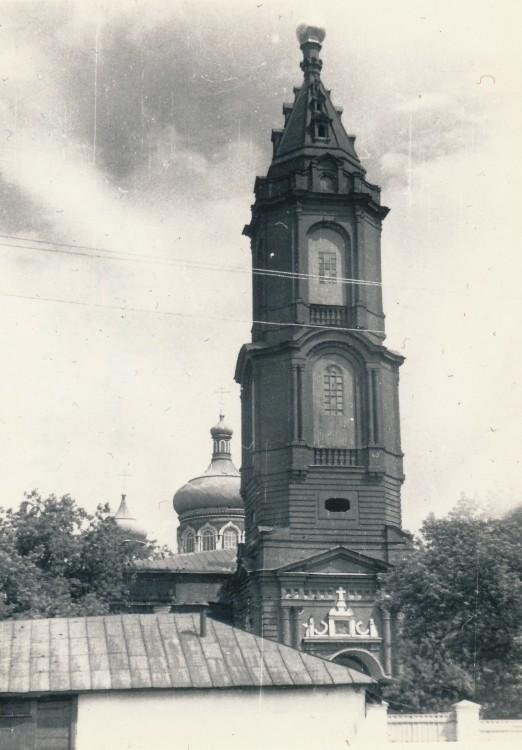 вот тоже старинные фото церкви в зуе изнутри